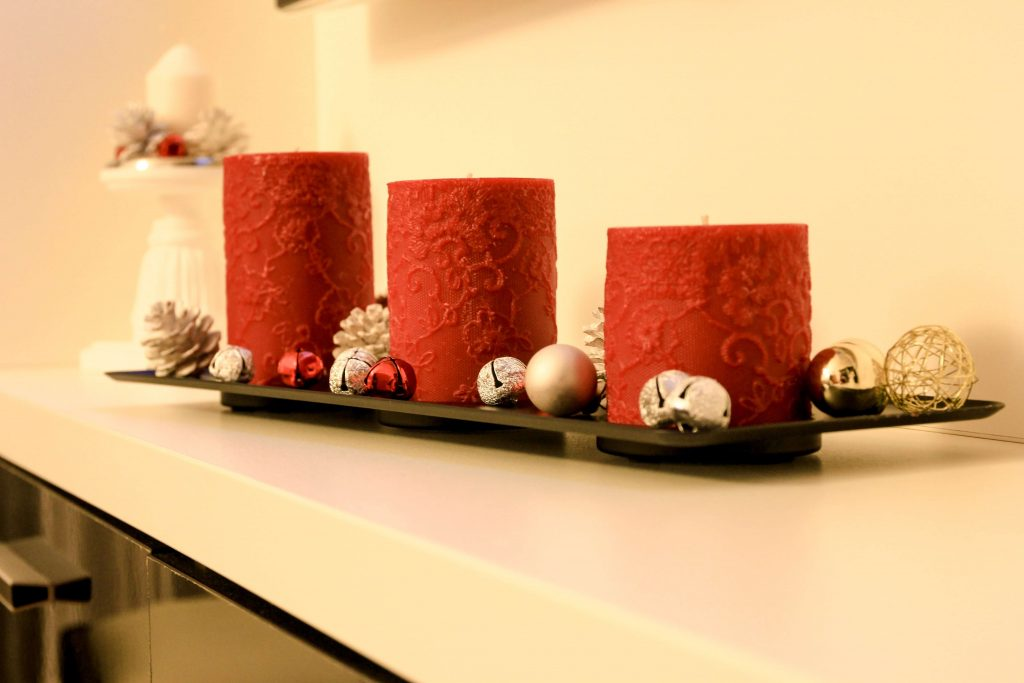 DIY Christmas centrepieces